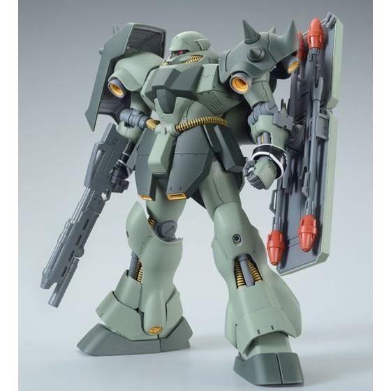 MG 『機動戦士ガンダムUC』 1/100 ギラ・ドーガ(ユニコーンVer.) プラモデル
