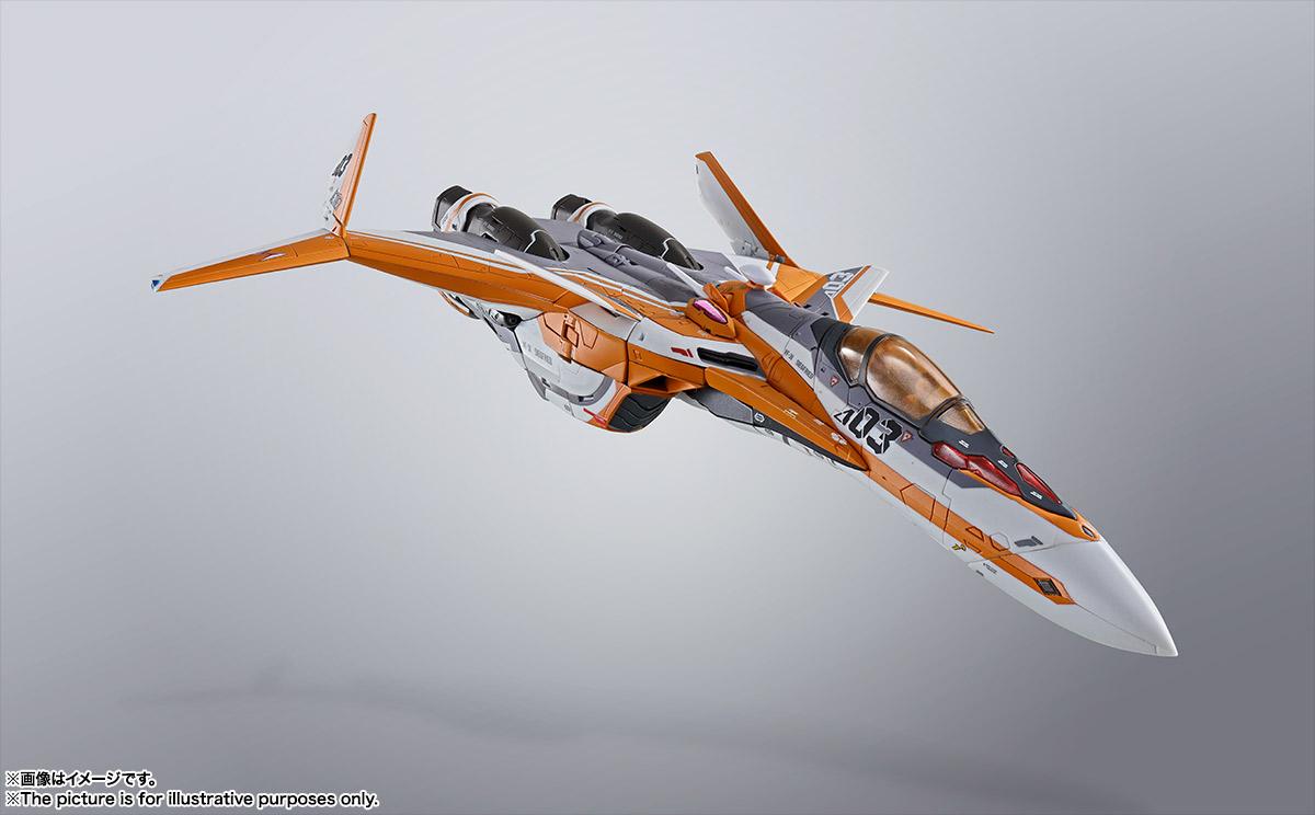 DX超合金 『マクロスΔ』 VF-31Eジークフリード(チャック・マスタング機)
