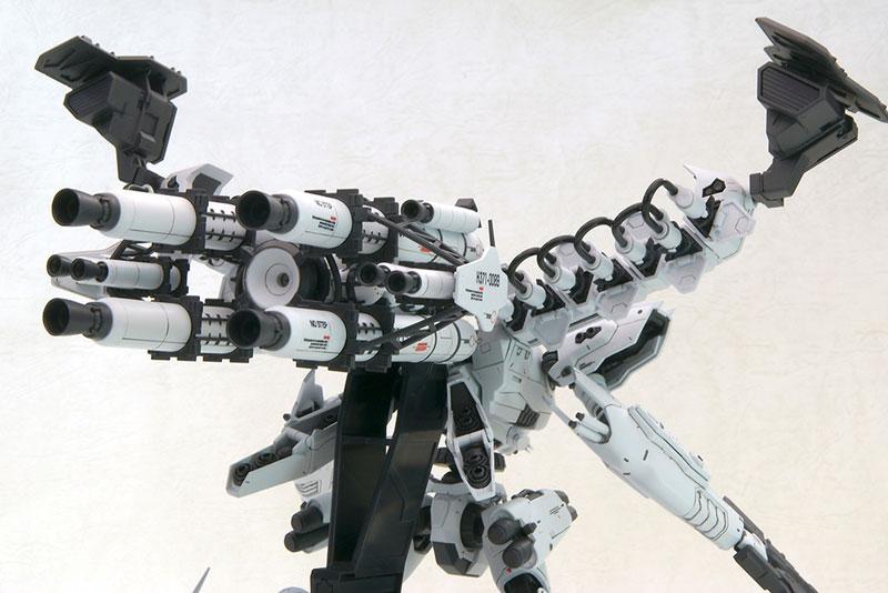 V.I.シリーズ 『アーマード・コア』 1/72 ラインアーク ホワイトグリント&V.O.Bセット ムービーカラーVer.プラモデル (再販)