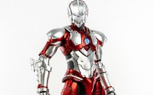 『ULTRAMAN』 1/6 ULTRAMAN SUIT (Anime Version) 可動フィギュア